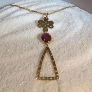 Hanger Robijn Goud Diamant L