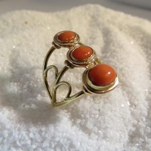 Gouden Ring Bloedkoraal