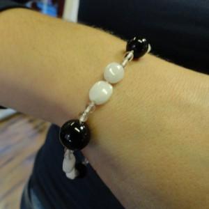 armband-onix-bergkristal-witte-agaat-003