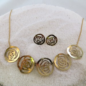 collier-goud-bloemetjes-003