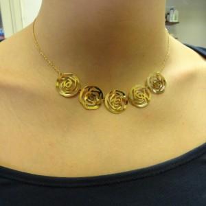 collier-goud-bloemetjes-004