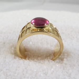 ring-goud-raamwerk-robijn-002