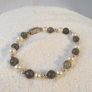 armband-labradoriet-parel-zilver-001