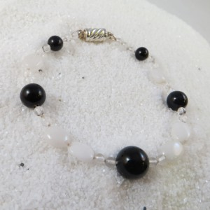 armband-onix-bergkristal-witte-agaat-002